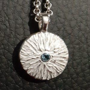 textured disc pendant